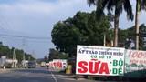 Biển quảng cáo gây mất an toàn giao thông trên đường nối trung tâm TP với huyện Ba Vì