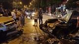 [Clip] Khoảnh khắc 2 ô tô đấu đầu khiến 4 người bị thương