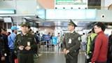 Bắt tài xế taxi dùng dao đe dọa nhân viên an ninh sân bay