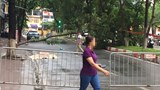 Rào chắn đường Trần Đăng Ninh điều tra nghi vấn đổ cây gây chết người