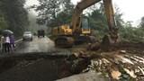 """Xuất hiện """"hố tử thần"""" trên đường tỉnh 135 tại Lai Châu"""