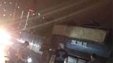 Va chạm với xe tải lúc nửa đêm, hai nam thanh niên đi xe máy thương vong
