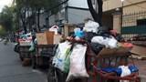 """TP Hồ Chí Minh: Gần 20 ngày nữa sẽ """"khai tử"""" xe gom rác tự chế"""