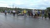 2 thanh niên tử vong sau cú tông trực diện xe tải