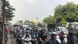 Hà Nội: Xe máy đâm vào trụ cầu vượt Thái Hà, 1 người tử vong