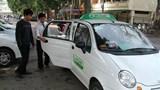 Đề xuất quy định gắn mào taxi: Mới giải quyết phần ngọn