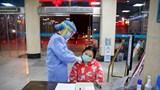 Hơn 130 người chết vì Corona, Mỹ xem xét cấm bay tới Trung Quốc