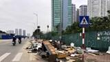 Phế thải ngập đường Nguyễn Văn Huyên kéo dài: Chưa có biện pháp xử lý hiệu quả