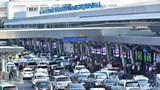 Miễn thu phí cho ô tô đi vào sân bay đón trả hành khách trong vòng 10 phút