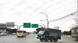 """[Điểm nóng giao thông] Vẫn chưa có giải pháp cho nút giao """"nghịch"""" tại Long Biên"""