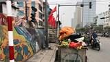 Điểm tập kết rác gây cản trở giao thông tại nút giao Trần Quang Khải - Hàm Tử Quan