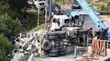 Tai nạn thương tâm ở Thừa Thiên Huế, tài xế tử vong kẹt trong ca bin