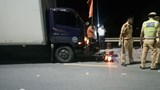 3 thanh niên tử vong sau va chạm với xe tải