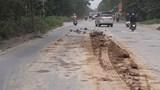 Tái diễn tình trạng bùn đất rơi vãi trên các tuyến đại lộ dẫn vào Hà Nội