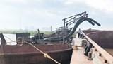 Hà Nội: Phát hiện, vây bắt 8 phương tiện khai thác cát trái phép trên sông Hồng