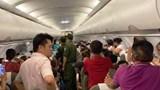 Hành khách tranh chỗ, chuyến bay của Vietnam Airlines chậm 1 tiếng