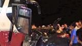 Ô tô con bẹp dúm, tài xế tử vong sau cú đấu đầu xe khách