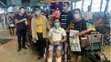 Chuyến bay đưa 310 công dân về từ Malaysia đã hạ cánh xuống Cần Thơ