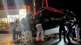 Xe ô tô lao xuống vịnh Hạ Long, 4 người thương vong