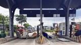 Container phá nát ca bin bán vé tại trạm thu phí ở TP Hồ Chí Minh