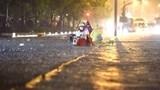 TP Hồ Chí Minh: Mưa lớn kéo dài khiến nhiều tuyến đường ngập sâu