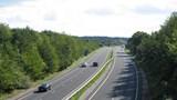 Nhà thầu đổ xô mua hồ sơ 3 dự án thuộc cao tốc Bắc- Nam