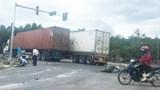 """Tin tức tai nạn giao thông mới nhất hôm nay 19/8: """"Xe điên"""" tông liên hoàn khiến nữ công an thiệt mạng"""
