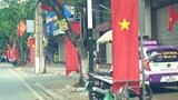 Vụ hàng nghìn cột sắt treo băng rôn ở Hải Phòng: Được dỡ bỏ nhưng chưa triệt để