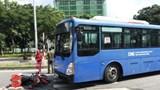 Tai nạn giao thông mới nhất hôm nay 12/9: Xe buýt chạy ngược chiều đâm gục người đi xe máy