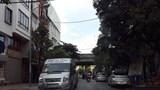 [Điểm nóng giao thông] Ngõ 214 đường Nguyễn Xiển thành… bến xe