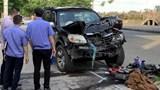 Xe máy đấu đầu ô tô khiến cặp vợ chồng tử vong thương tâm