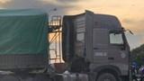 2 cháu bé tử vong sau va chạm với xe đầu kéo