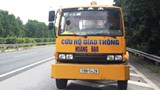 Tạm giữ phương tiện, phạt 17 triệu đồng tài xế xe cứu hộ đi ngược chiều trên cao tốc
