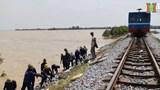 Ngành đường sắt nỗ lực khắc phục hậu quả bão lũ