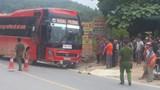Người đàn ông tử vong sau va chạm xe khách