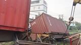 Gác chắn không kéo, tàu hỏa va xe container