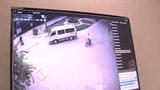 Ô tô khách cán chết người ngã xe máy rồi bỏ trốn