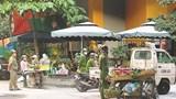 """Xử lý chợ """"cóc"""" trên phố Dương Khuê"""