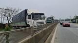 Hà Tĩnh: Lái xe chặn ngang quốc lộ 1A rồi bỏ trốn