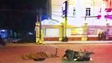 Người phụ nữ vừa rút tiền, đổ xăng thì bị xe đầu kéo tông tử vong
