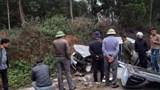 Tài xế ô tô bán tải nguy kịch sau cú tông trực diện với xe tải chở đá