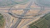 Toàn cảnh nút giao giữa Vành đai 3 với cao tốc Hà Nội - Hải Phòng sắp hoàn thành