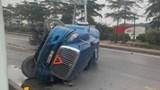 Tai nạn giao thông mới nhất hôm nay 12/1: Xe container lật, choán kín một chiều Quốc lộ 5