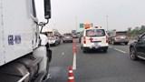 Ô tô gây tai nạn liên hoàn, cao tốc TP Hồ Chí Minh - Trung Lương tê liệt