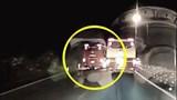 Xe khách vượt ẩu gây tai nạn trên đèo Bảo Lộc