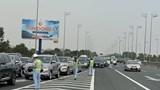 Lượng phương tiện đông đột biến ở cửa ngõ phía Nam Hà Nội ngày mùng 2 Tết