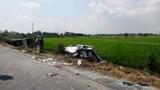 Tai nạn giao thông mới nhất hôm nay 27/2: Xe tải húc đuôi ô tô 16 chỗ, ít nhất 8 người thương vong