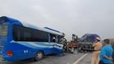Thêm một người tử vong trong vụ tai nạn xe khách đặc biệt nghiêm trọng ở Nghệ An