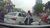Khi ô tô cũng thích… luồn lách!