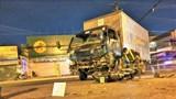 Tai nạn giao thông mới nhất hôm nay 27/3: Xe máy đấu đầu xe tải, 2 thanh niên thương vong